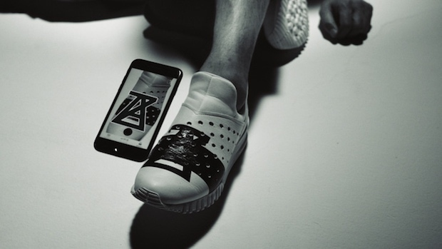 anrealage-onitsuka-tigers-augmented-reality-sneakers-moriyama-mirai-2
